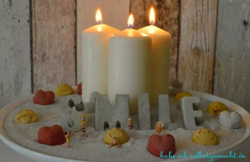 Die selbst gebastelte Kerzenschale in Aktion