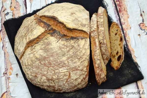 Brot selber Backen - Weizen Sauerteig Brot - Krachende Kruste