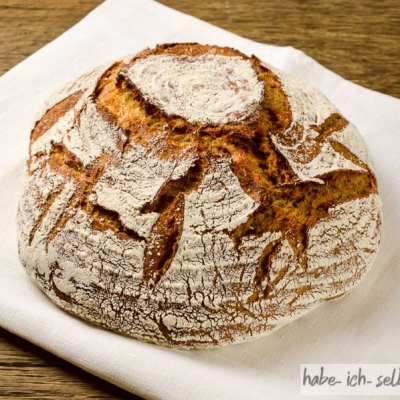 Brot #28 – Orange Dinkelkruste mit Karottensaft