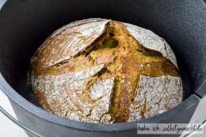 Bärlauch Brot im Dutch Oven