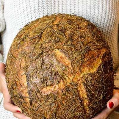 Brot #30 – Mediterranes Rosmarin Sauerteig Brot