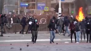 Hollanda'da haftasonu bazı şehirler savaş alanına döndü: çok sayıda gözaltı!