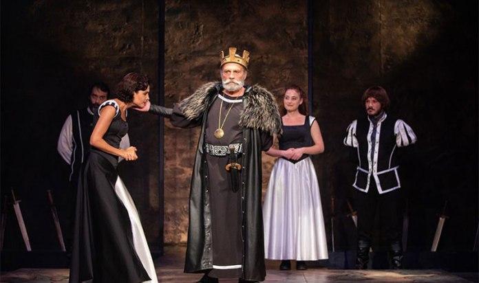 Alkışlar 'Haluk Bilginer'li Kral Lear'a