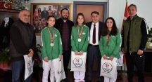 Bursa'yı başarıyla temsil eden sporculara ödül