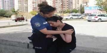 Darbedildiği ileri sürülen gurbetçi polise zor anlar yaşattı