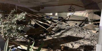 Türk iş yerinin tavanı çöktü: 3 kişi yaralandı