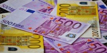Türkiye'ye giderken yanında nakit para bulunduranlar bu haberi okuyun!!!
