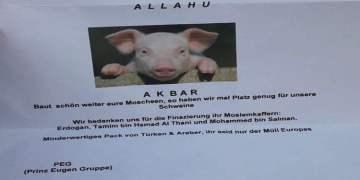 Camiye Prens Eugen imzalı ve domuz kafalı tehdit mektubu