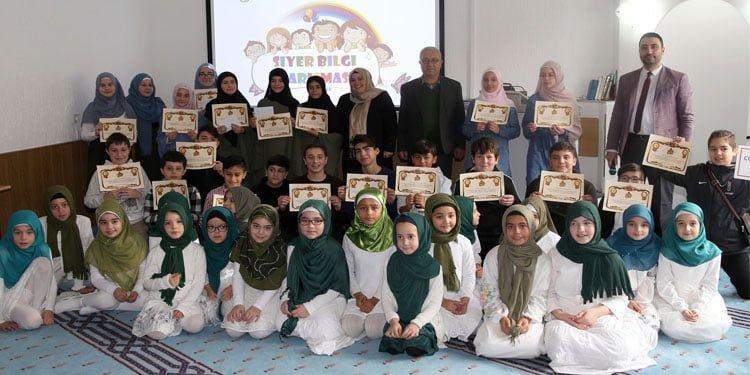 """Yunus Emre Cami'nde """"Siyer-i Nebi Bilgi Yarışması"""""""