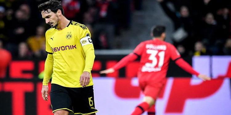 Borussia Dortmund zirve yarışında yara aldı