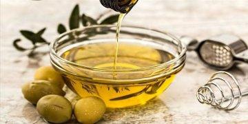 Yarım kaşık zeytinyağı kalp hastalığı riskini azaltıyor