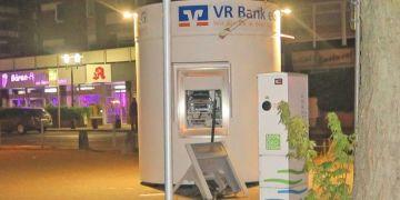 NRW'de patlatmadık ATM bırakmadılar