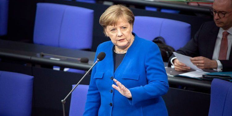 """Merkel: """"Pandemi gelecek aylarda ve yıllarda da hayatımızı etkileyecek"""""""