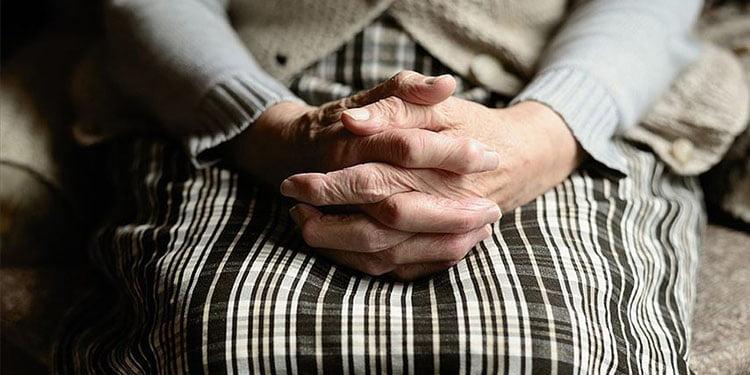 Dünyada 50 milyon demans hastası var