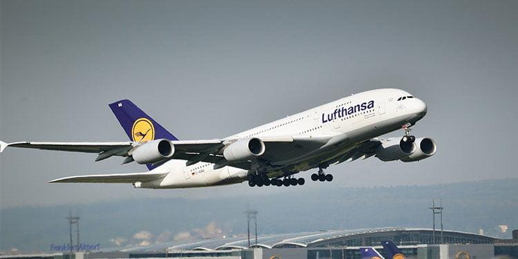 Lufthansa küçülüyor