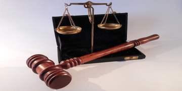 Arbeitsamt'a mahkeme tokadı