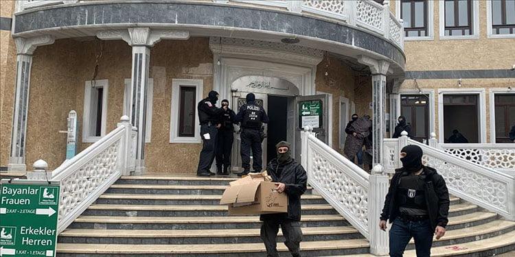 Türkiye, Berlin'deki camiye yapılan polis baskınını şiddetle kınadı