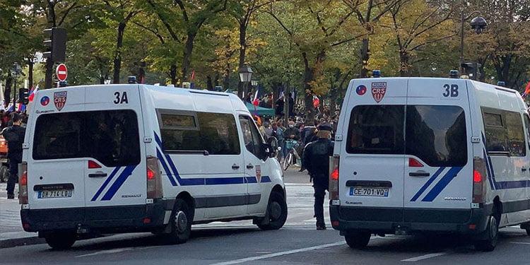Fransa'da Ermeniler Türklere saldırdı: 5 yaralı