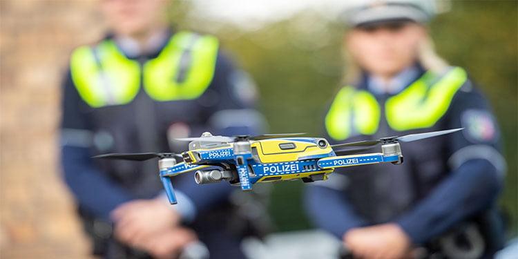 Polise dronlu destek