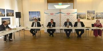 """Türkmen: """"Eğitime yatırım, geleceğe en iyi yatırımdır"""""""