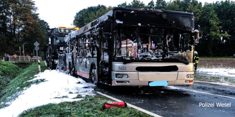 Belediye otobüsü alevlere teslim oldu