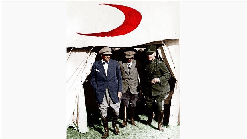 Atatürk liderliğindeki Milli Mücadele, sadece düşmana karşı değil salgınlara karşı da verildi
