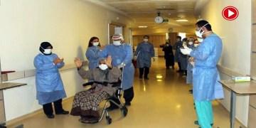 113 yaşında koronayı yenen hasta alkışlarla taburcu oldu (VİDEO)
