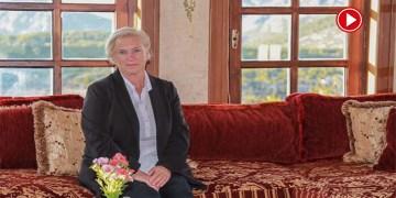 Alman Beate tatil için gittiği Türkiye'de yaşam kurdu (VİDEO)