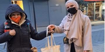 DİTİB'li gençlerden 'Soğuk Günde Sıcak Yardım' kampanyası