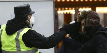 Almanya'da Kovid-19 nedeniyle son 24 saatte 294 kişi hayatını kaybetti