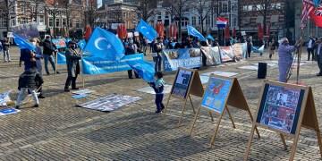 """Hollanda, Çin'in Uygur Türklerine yönelik uygulamalarını """"soykırım"""" olarak tanımladı"""