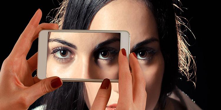"""""""Akıllı telefon bağımlılığı"""" uyku düzenini etkiliyor"""