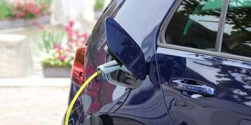 Kovid-19 salgını, elektrikli otomobil pazarına ivme kazandıracak