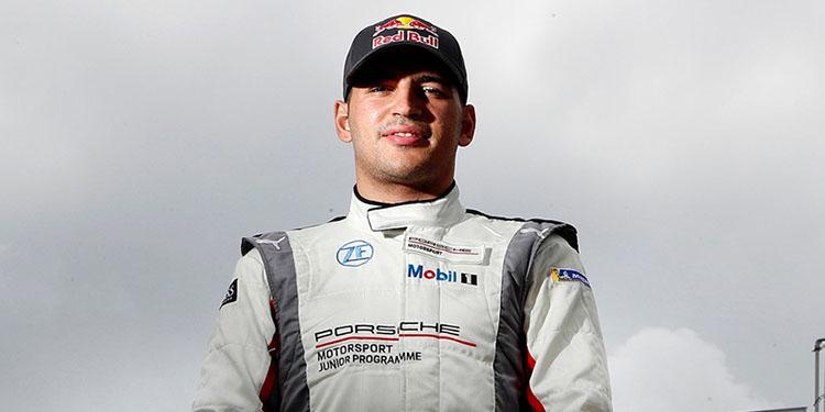 Milli otomobil yarışçısı Ayhancan Güven, Almanya'da podyumu bırakmadı