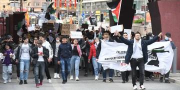 Avrupa ülkelerinde İsrail'in Mescid-i Aksa'ya ve Filistinlilere yönelik saldırıları protesto edildi