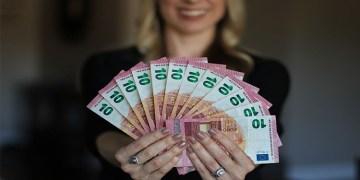 Para var mutluluk var