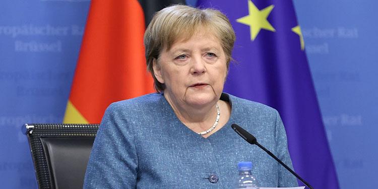 """Merkel: """"Kovid-19 vaka sayısı açısından gelişmeler son derece sevindirici"""""""