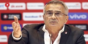 """A Milli Takım Teknik Direktörü Şenol Güneş: """"EURO 2020'nin üzüntüsünü yaşıyoruz"""" (VİDEO)"""