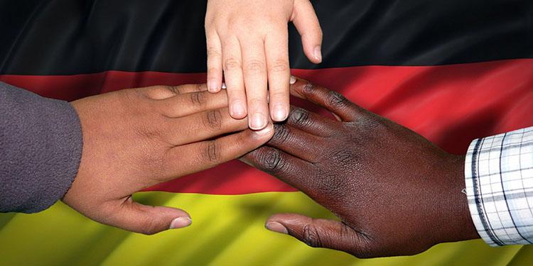 Almanların çoğunluğu göçmenlerin uyumuna olumlu bakıyor