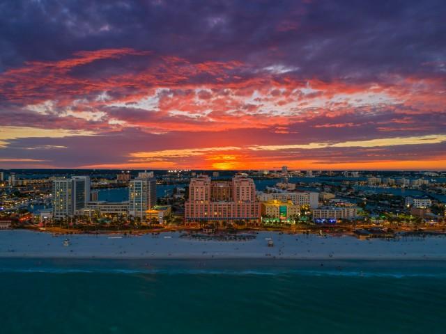 Babymoon-beach-destinations-clearwater-beach-florida-habibi-house-hyatt-clearwater