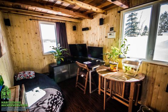 Salon bureau tiny house 3