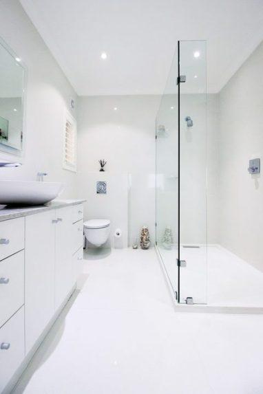 Bathroom by Classic Trading.