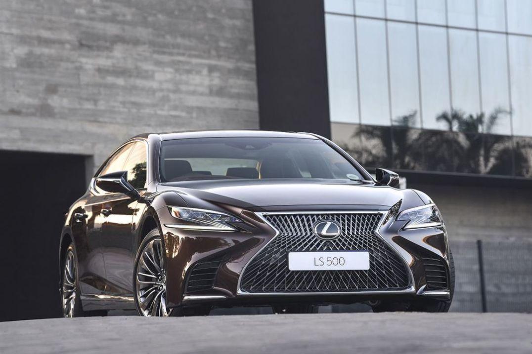 Lexus LS500_003