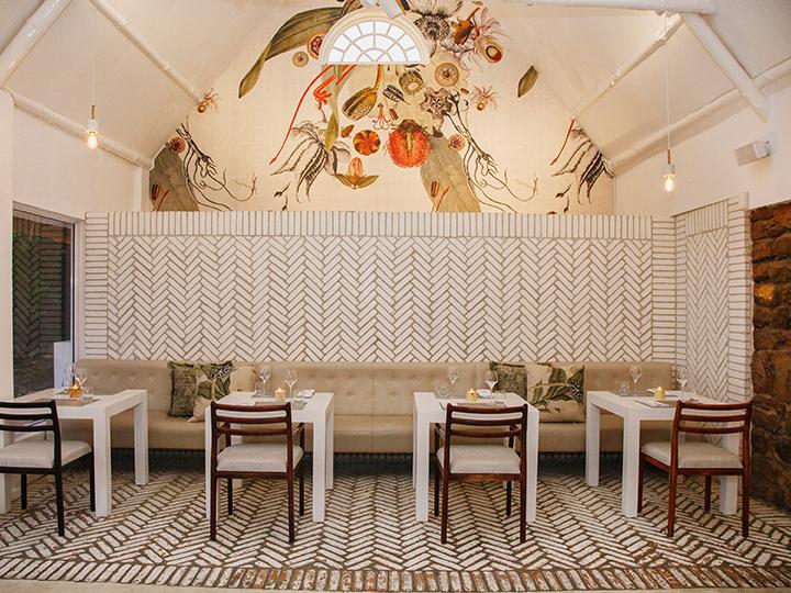 The Restaurant The Nek interior (HR) 9