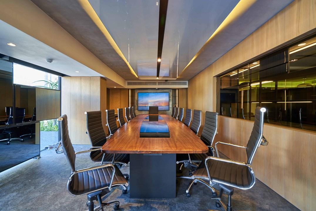 Dogon boardroom