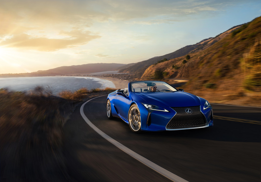 lexuslcconvertible07hires-697065