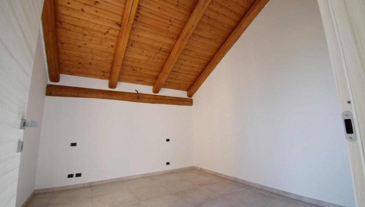 1° camera piano superiore