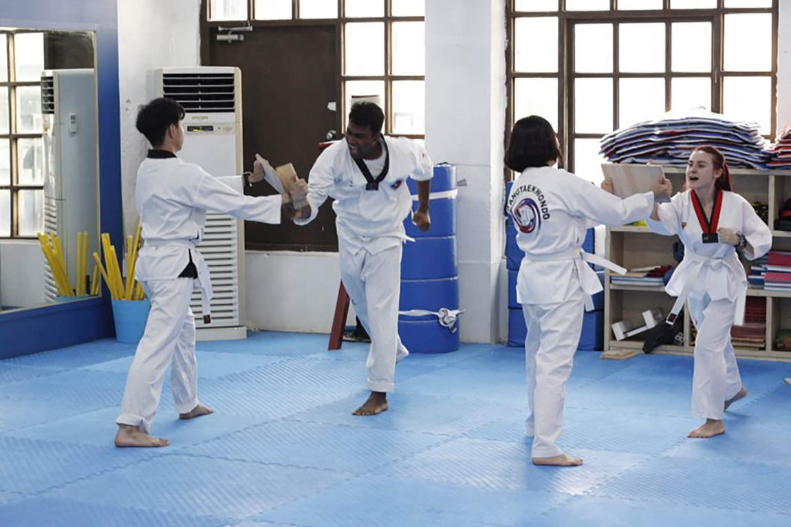 Let's try Korean Taekwondo - no previous experience required