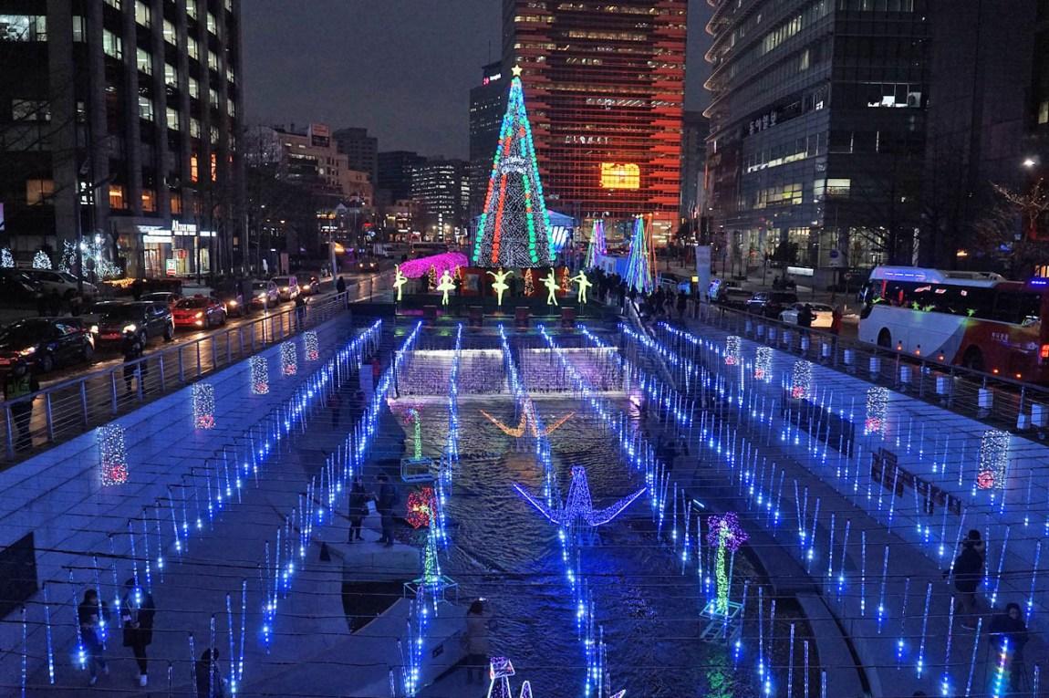 Let's Go to Cheonggyecheon! - 2018 Seoul Christmas Festival