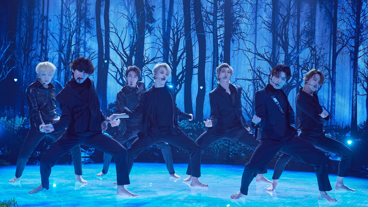 Video Bts Unveils The Black Swan Stage For The First Time Hab Korea Net